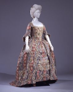 """Robe à la francaise (model """"andrienne""""), Italy, 1773-1780."""