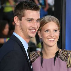 Glee Star Heather Morris is Reportedly Pregnant!!