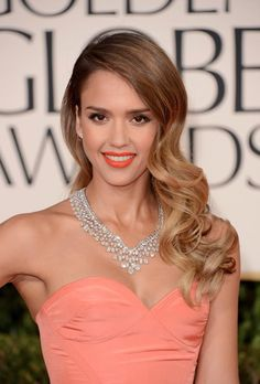 I am obsessed with Jessica Alba's hair. Golden Globes 2013