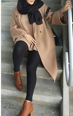Mixing and matching beautiful winter hijab – Just Trendy Girls (Mix Match Hijab) Modern Hijab Fashion, Muslim Women Fashion, Street Hijab Fashion, Hijab Fashion Inspiration, Islamic Fashion, Mode Inspiration, Modest Fashion, Look Fashion, Fashion Black