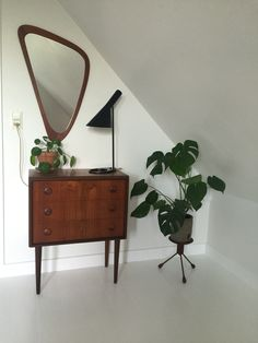 Interior Inspiration, Room Inspiration, Retro Cafe, Boho Room, New Room, Home Bedroom, Decoration, Home Board, Living Room Furniture
