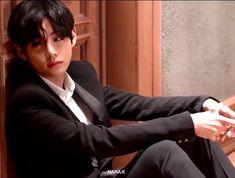 Seokjin, Kim Namjoon, Kim Taehyung, Jimin Jungkook, Jung Hoseok, Daegu, Bts Memes, Journey Albums, V Bts Cute