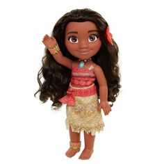 Go on an ocean adventure with Moana. Moana is dressed in her iconic outfit from the film. Moana is wearing two-piece outfit and her floral bracelet & anklet. Includes a wear & share flower hair clip that you can wear too. Disney Princess Toddler Dolls, Princess Toys, Disney Dolls, Flower Hair Clips, Flowers In Hair, Boy Fashion, Fashion Dolls, 4 Year Old Girl, Pinturas Disney