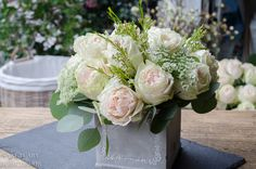 How-to-make-a-centerpiece-with-floral-foam-14.jpg