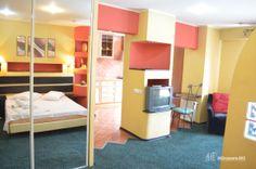 Garsoneira Regim Hotelier Zona Unirii #garsoniera #regim #hotelier #bucuresti Bunk Beds, Furniture, Home Decor, Decoration Home, Loft Beds, Room Decor, Home Furnishings, Home Interior Design, Bunk Bed