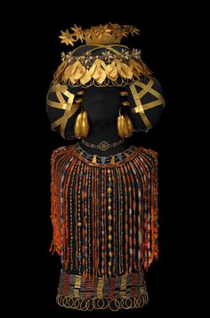 'Queen Puabi's headdress, beaded cape and jewelry of gold, lapis lazuli and carnelian, discovered on Queen Puabi's body in her tomb at the Royal Cemetery of Ur, ca 2450 BCE.
