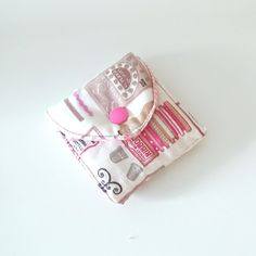Things To Buy, Stuff To Buy, Coin Purse, Wallet, Purses, Sewing, Kit, Gingham Quilt, Sewing Accessories