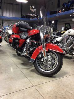 We have a sharp 2010 Harley Davidson Roadking
