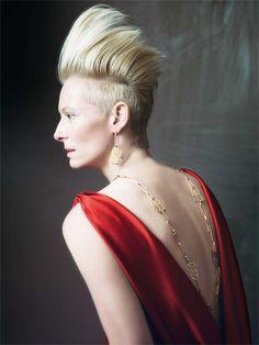 Anti-gravitational hair Tilda #2