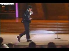 Michael Jackson moonwalks for first time at Motown 25th Anniversary