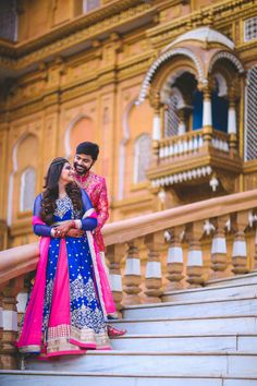 A Guide to Specialist Designs and also Techniques in the Art of Digital Wedding Photography Indian Wedding Couple Photography, Wedding Couple Photos, Bridal Photography, Wedding Couples, Couple Shoot, Photography Tips, Pre Wedding Shoot Ideas, Pre Wedding Poses, Pre Wedding Photoshoot