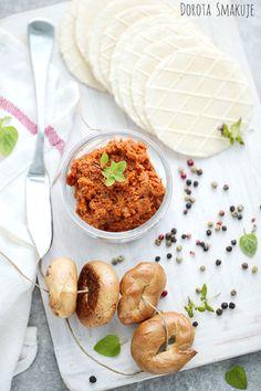 Dorota Smakuje - Sprawdzone przepisy kulinarne ze zdjęciami i nie tylko Chana Masala, Hummus, Camembert Cheese, Lunch, Fish, Ethnic Recipes, Homemade Hummus, Eat Lunch