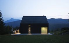 Gallery of Walnut Tree, House and Terrace / PRO-S - 3