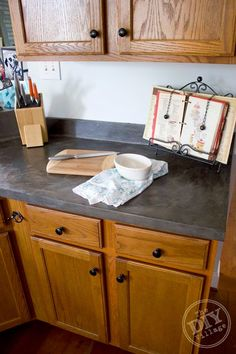 Best DIY Projects: Faux Concrete Countertop Makeover