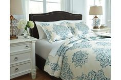 Fairholm 3-Piece Queen Duvet Cover Set by Ashley HomeStore, Turquoise, Cotton (100 %)