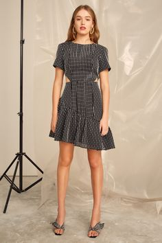 Indian Fashion Modern, Work Fashion, Get Dressed, Dress Up, Short Sleeve Dresses, Dress Black, Collection, Shopping, Vintage