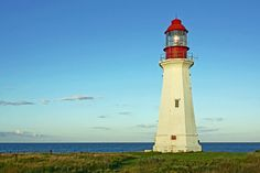 This beautiful lighthouse road trip in Michigan showcases some of the most historic and charming lighthouses in the state. West Coast Of Ireland, Song Of The Sea, Tower Building, Flat Earth, Ocean Photography, Sea Level, Dark Night, Cn Tower, Entrance