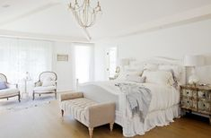 Bright white master bedroom flooded with natural light. Beach House Bedroom, Dream Bedroom, Home Bedroom, Master Bedroom, Bedroom Decor, Linen Bedroom, Villas, Bedroom Sitting Room, Small Space Bedroom