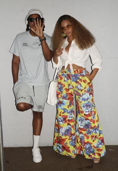 Z New, Black Couples Goals, Online Photo Gallery, Beyonce And Jay Z, Blue Ivy, Beyonce Knowles, Queen B, Cotton Twill Fabric