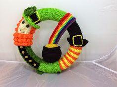 Cloth Dolls by Stitch 'N Stuff: St. Patrick's Day Wreath