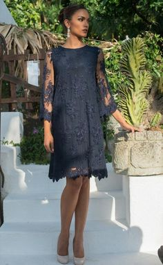 Stylish blue navy dress with floral pattern lace and wonderfull silk lining, three-quarter sleeve. Plus size available. - Stylish blue navy dress with floral pattern lace and wonderfull silk lining, three-quarter sleeve. Mother Of Groom Dresses, Mother Of The Bride, Long Mothers Dress, Navy Blue Dresses, Navy Dress, Dress Lace, Ideias Fashion, Cold Shoulder Dress, Quarter Sleeve