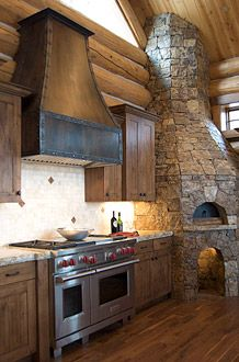 Range hood rustic with modern mountain home, dream kitchen/house Kitchen Vent, Kitchen Hoods, Ugly Kitchen, Nice Kitchen, Home Decor Kitchen, Rustic Kitchen, Kitchen Design, Kitchen Ideas, Cabin Homes
