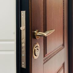 Apartment Entrance, Entrance Doors, Door Handles, Home Decor, Interiors, Entry Doors, Door Knobs, Entrance Gates, Decoration Home