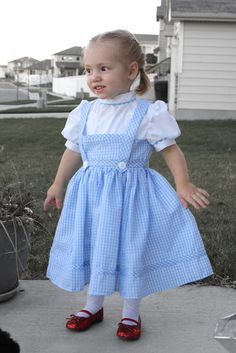 dorothy costume (simplicity 4139)