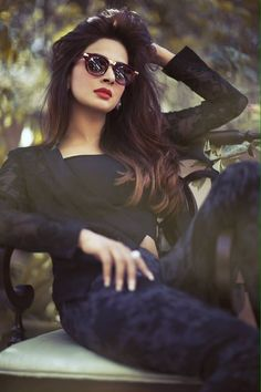 Saba Qamar is an talented Pakistani Actress and Model in Dramas and Movies. Check here Saba Qamar Latest Hot Photoshoot Leaked Photos. Stylish Photo Pose, Stylish Girls Photos, Stylish Girl Pic, Cute Girl Poses, Cute Girl Pic, Girl Photo Poses, Model Poses Photography, Cool Girl Pictures, Girl Photos
