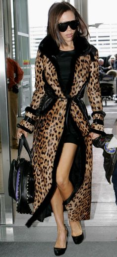 that coat... I'm not generally a fan of 'leopard' but Victoria Beckham is posh enough to pull it off :p