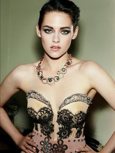 """Kristen Stewart photographed by Mario Testino in a photo shoot for """"Vanity Fair"""" magazine july 2012......."""