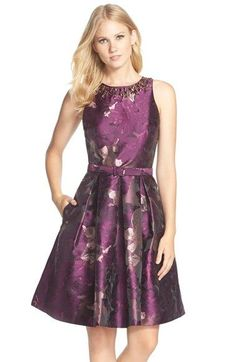 Fall wedding guest dresses to wear to a fall wedding. Autumn styles for wedding guests and ideas for what to wear to a fall wedding. Fall wedding guest attire and outfit ideas.