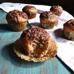 Muffins o cake con plátano, avena y nutella { Fracasar} - Hierbas y Especias Nutella, Muffin, Breakfast, Food, Spices And Herbs, Rolled Oats, Sweet Recipes, Meal, Eten