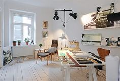 Office space, home office, working at home, office inspiration. Home Office, Corner Office, Study Office, Office Spaces, Workspace Inspiration, Daily Inspiration, Fashion Inspiration, Design Inspiration, Home Studio