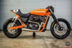 Harley-Davidson Street 750 gets a look of 1978 orange HD MX 250 (2)