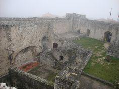 Castello di Ortucchio (L'Aquila) Foto-diario di una giardiniera curiosa