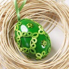 Pisanki - Tatted Easter eggs by Middia Needle Tatting, Tatting Lace, String Art Tutorials, Crochet Carpet, Tatting Jewelry, Tatting Patterns, Crochet Round, Irish Lace, Lace Making