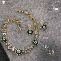 With the summer offsets and the monsoon in the air-Cherish the mango season all again with our beautiful Mamidi Pindelu Necklace set sunk… Diamond Necklace Set, Gold Necklace, Indian Jewelry Sets, India Jewelry, Gold Jewellery Design, Diamond Jewellery, Simple Necklace, Trendy Jewelry, Necklace Designs