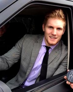 """Gabriel Landeskog, """"I'm not the guy to believe in excuses."""" -- core Avs player http://sports.yahoo.com/news/four-young-players-colorado-avalanche-182500305--nhl.html"""