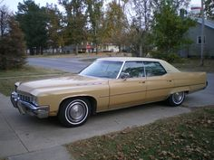 1972 Buick Electra 225.   What a blast from the past!  My husband (boyfriend at the time) had this car.  I was 15 years old  and he was 19 ....married 33 years :-)