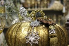 Romancing the Home: Cinderella's Christmas Shopping Event