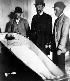Frank James viewing Jesse's body after being gunned down by that dirty, little coward, Bob Ford.