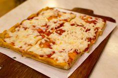 Cheese and Tomato Pizza, Pizzeria Leonina, Rome, Italy