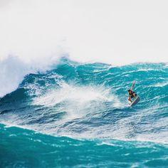 f31d3c0846b744 Surfing