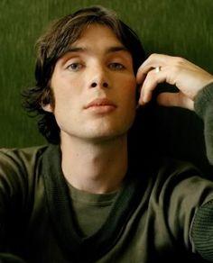 cillian murphy. he's so pretty!<3