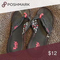 Keds Polka Dot/Floral Flip Flops Keds Polka Dot/Floral Flip Flops. Good shape, barely worn. One slight dust stain on the left shoe. Keds Shoes Sandals
