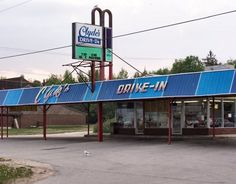 Clyde's Drive In - St. Ignace, MI! Best freaking Burgers I've had
