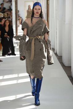 Maison Margiela Fall 2017 Couture Fashion Show Collection