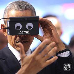 An awesome Virtual Reality pic! US-Präsident #Obama testet eine #VirtualReality Brille auf der Hannover Messe. Er hat gemeinsam mit Bundeskanzlerin #AngelaMerkel die weltweit größte Industrieschau besucht. Beide warben dafür die deutsch-amerikanischen Wirtschaftsbeziehungen zu vertiefen - unter anderem mit dem umstrittenen Freihandelsabkommen #TTIP. #VR #HannoverMesse #technology by tagesschau check us out: http://bit.ly/1KyLetq