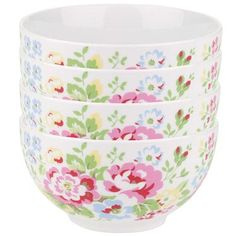 Our stylish Spray Flowers range has a colourful floral design inspired by vintage china. These pretty printed bowls are just the thing for a cheery start to the day and are supplied in a beautiful box making them a great gift. Team with the other items in the range to create a stylish dinner set.